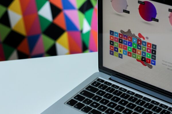 What Is Graphic Design – A Guide